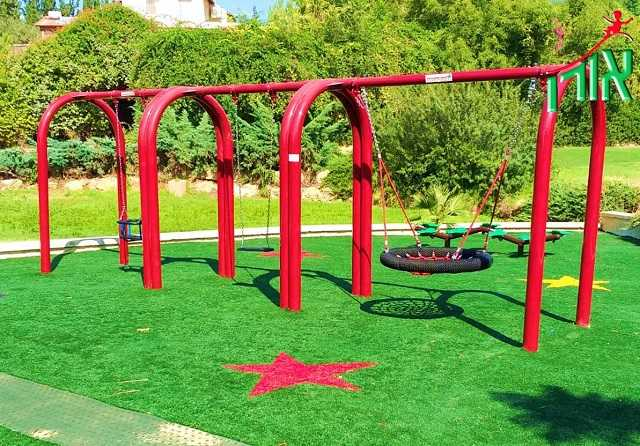 Arch Post Swing set 3 seats - 1420